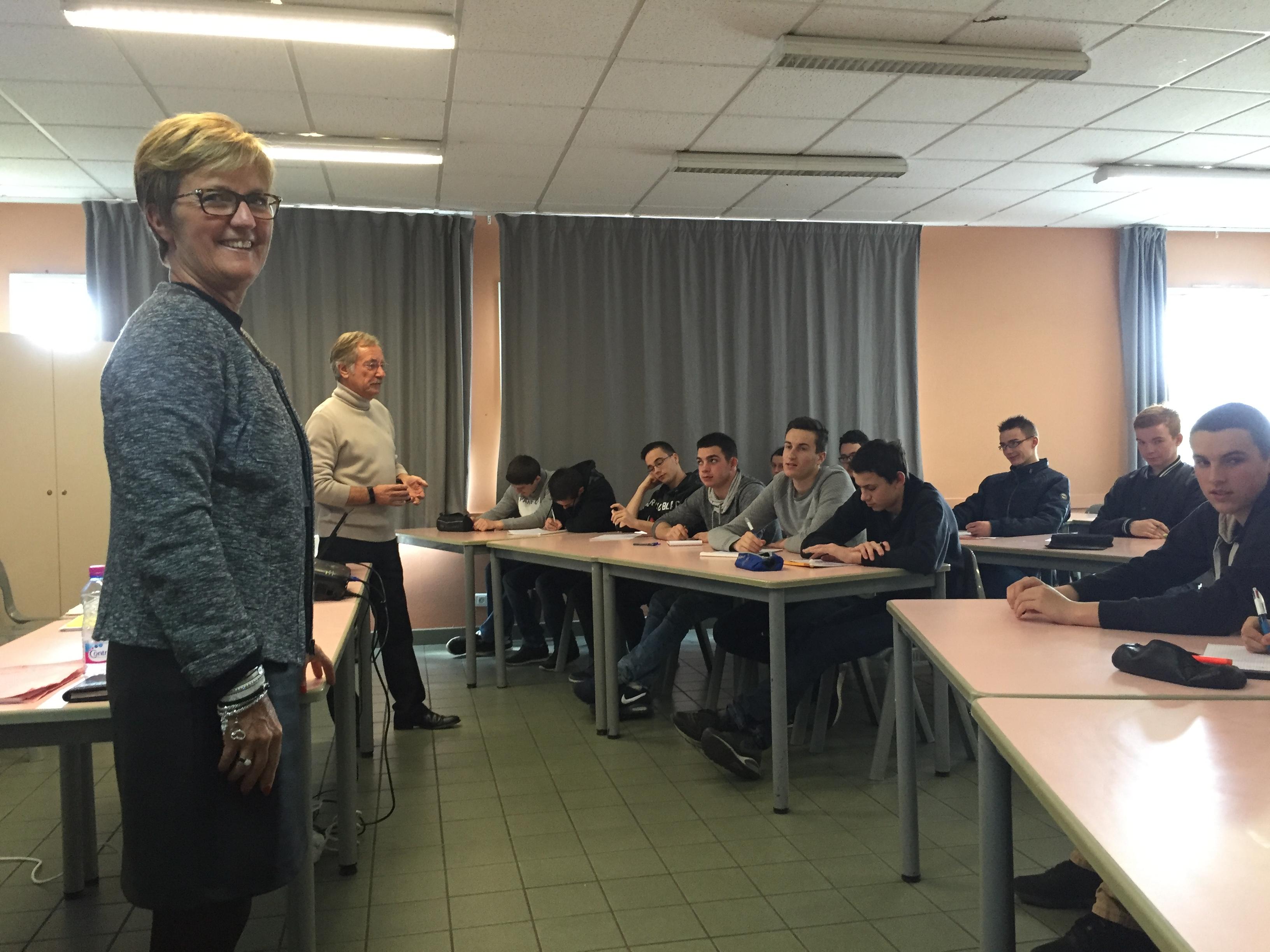 Journee D Une Preparation D Entretien Aux Etudiants De La Mfr Carquefou Par Des Membres De Competence Competence